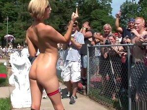 Amateur Heiße Gesichtsbehandlung Blondine Ozark Spoilers