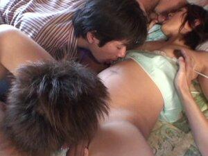 Sex Ibu Hamil Tua video porno & seks dalam kualitas tinggi di ...