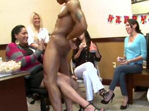 Napsu Memek video porno & seks dalam kualitas tinggi di RumahPorno.com