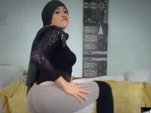 Indonesia Gadis Hijab video porno & seks dalam kualitas tinggi di ...
